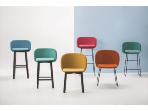 CHAIRS & MORE- Chips (2)